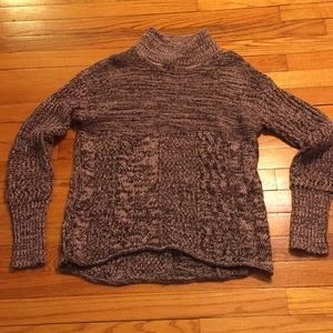 Simply Vera Vera Wang Sweater- worn once- XS-Mauve